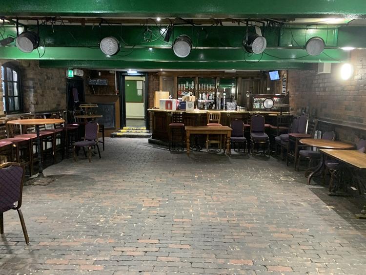 dudley town centre pub - 6