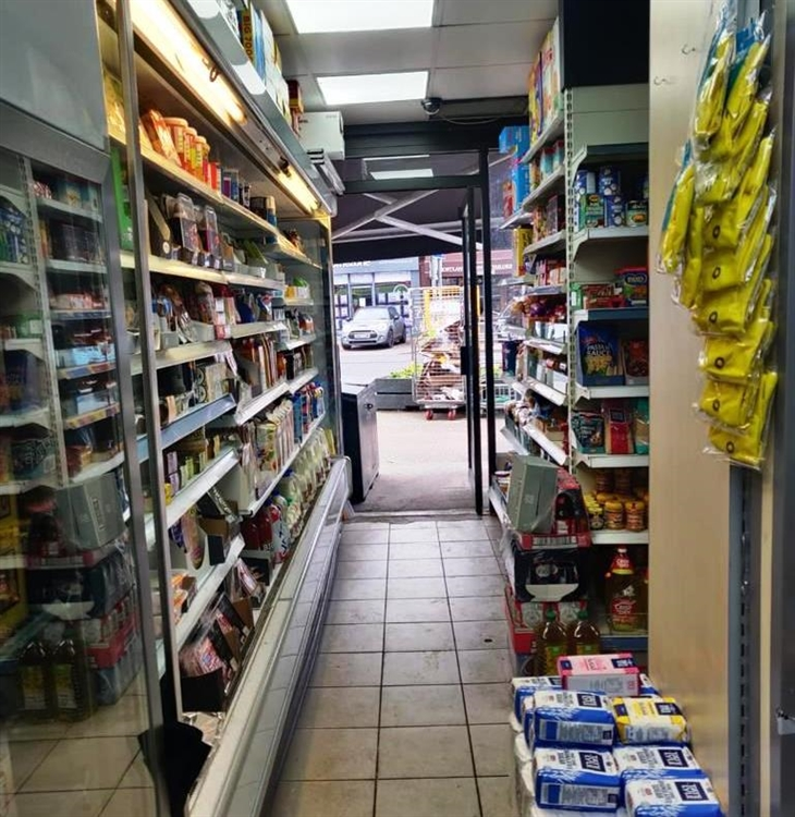 convenience store newsagents with - 6