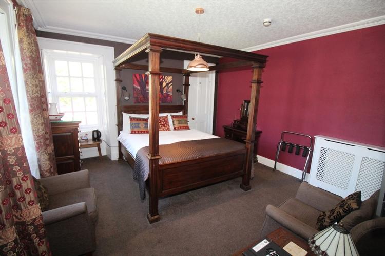 exceptional profitable boutique hotel - 10