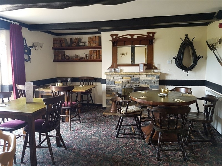 freehold country inn suitable - 4
