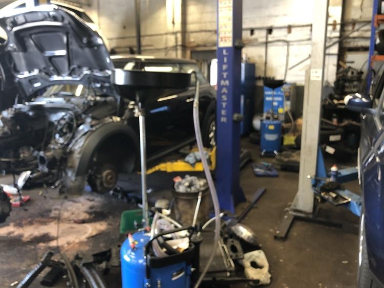 well established car servicing - 5
