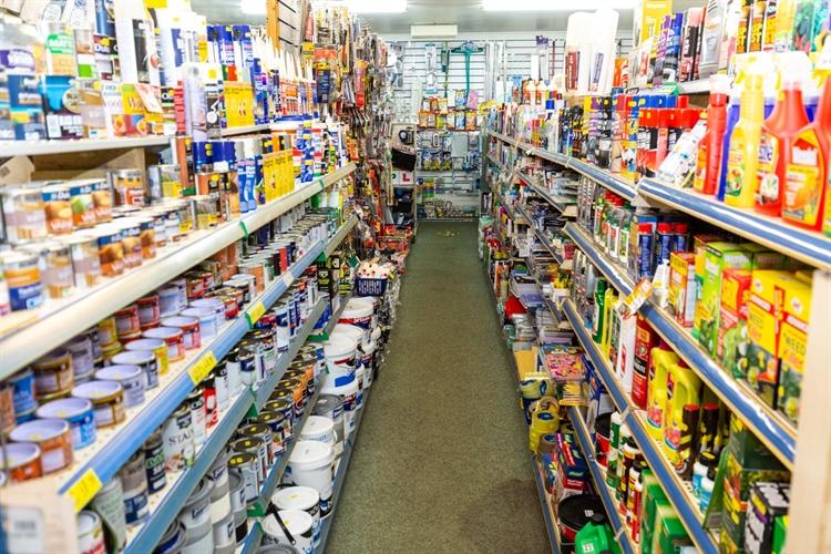spacious freehold hardware store - 8