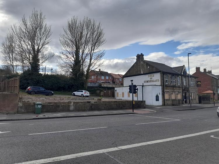former pub to let - 4