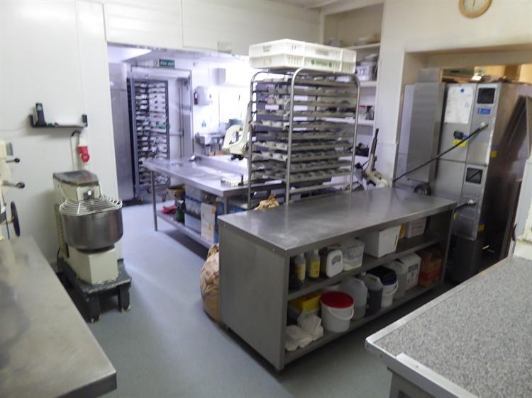 sandwich bar cafe bakery - 5