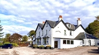 charming 13-bedroom hotel situated - 1