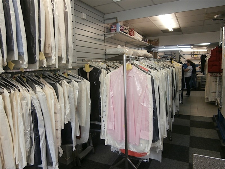 dry cleaners wilmslow cheshire - 5