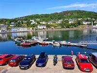stunning harbourside hotel - 2