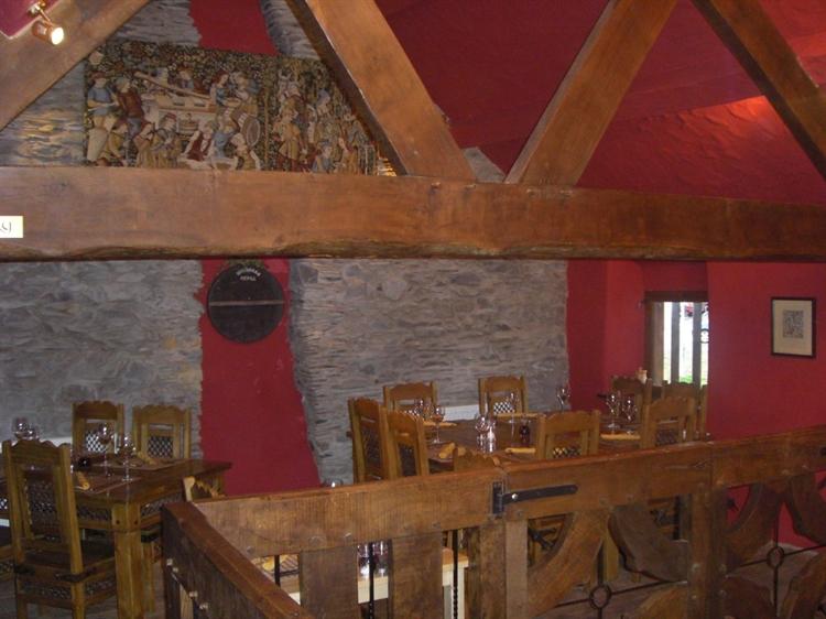 wales' finest medieval inn - 9