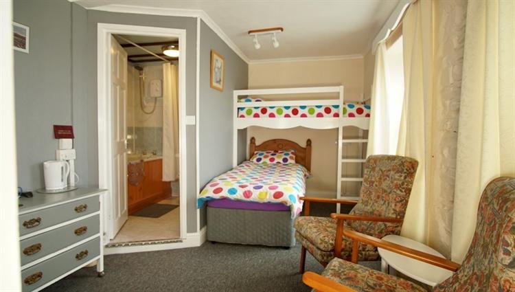 7 bedroom seaside bed - 14