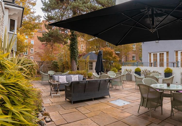 contemporary function dining venue - 7