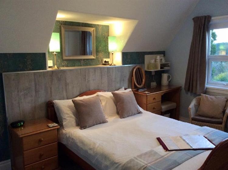 profitable guest house goodrington - 4