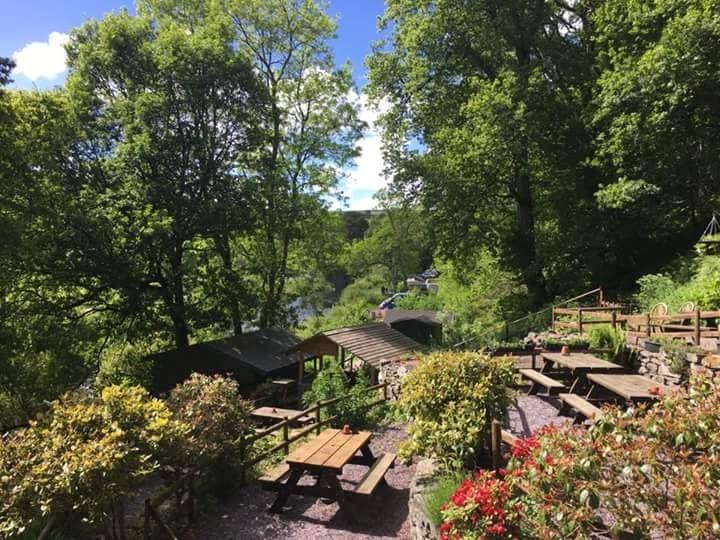 crown inn riverside campsite - 4