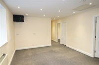 commercial property to rent - 3