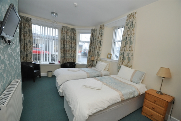 charming 9-bedroom hotel set - 14