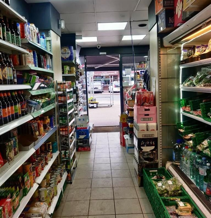 convenience store newsagents with - 4