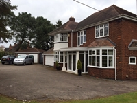 freehold detached guest house - 2