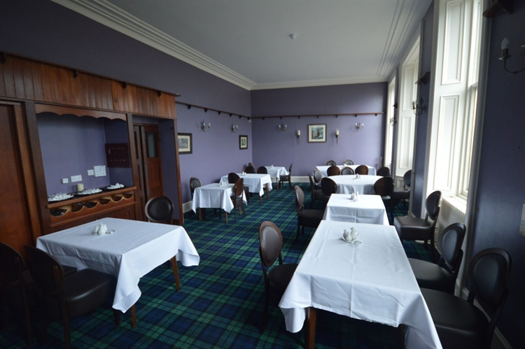 substantial town centre hotel - 5