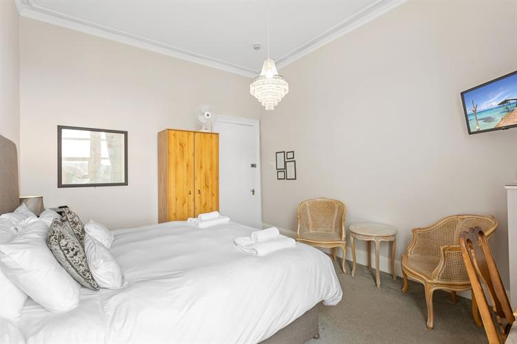 grand bed breakfast torquay - 5