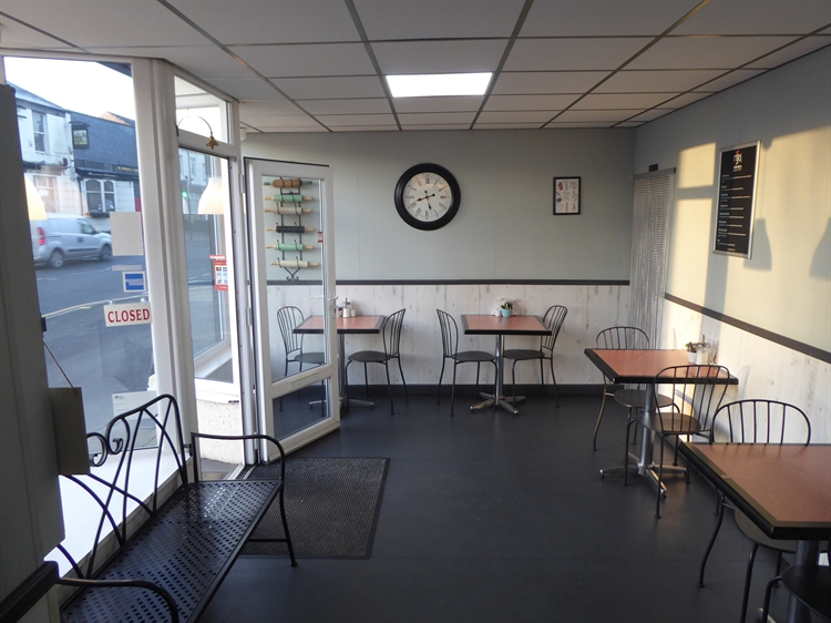 sandwich bar cafe bakery - 4