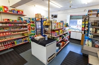 busy leasehold newsagents convenience - 2