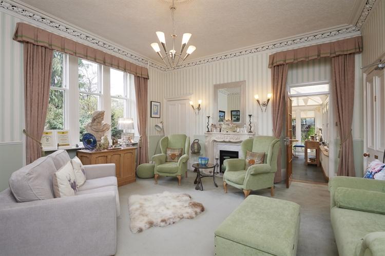 stunning guest house set - 5