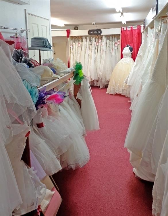 bridal wear boutique retail - 4
