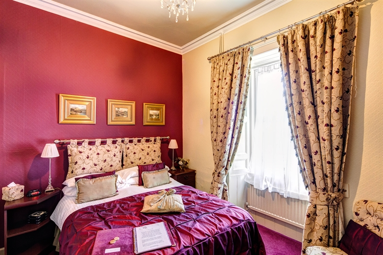 well-presented 6-bedroom guesthouse auchterarder - 7