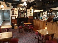 gloucestershire freehouse first time - 2