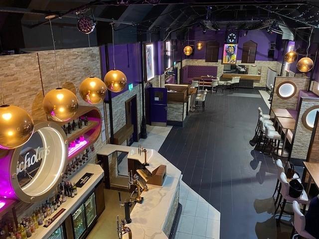 leasehold bar music venue - 12
