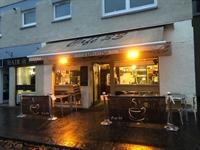 cafe takeaway up market - 1