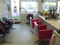 long established hair salon - 3