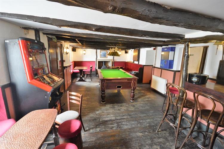 historic village hotel offering - 8