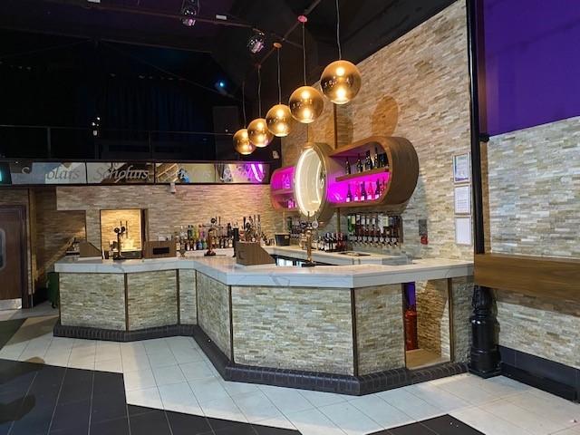 leasehold bar music venue - 10