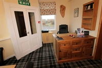 superb 5-bedroom guest house - 2