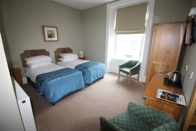 profitable thirty four bedroom - 8