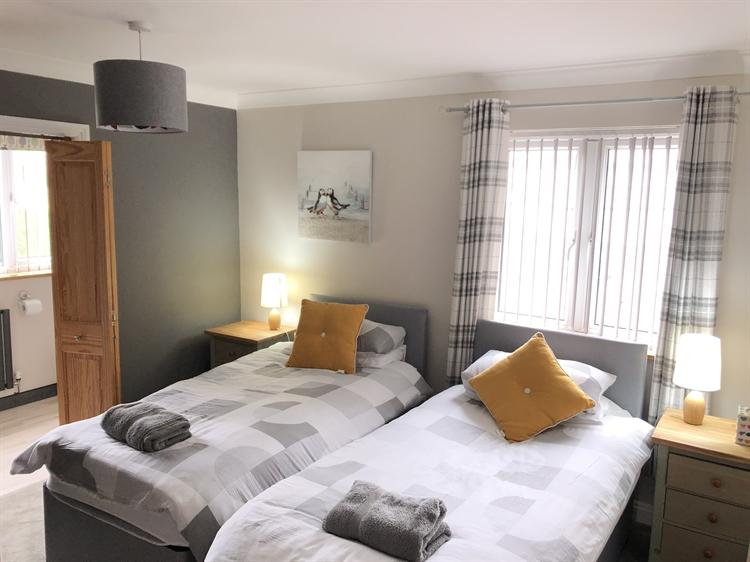 five bedroom guesthouse pembrokeshire - 6