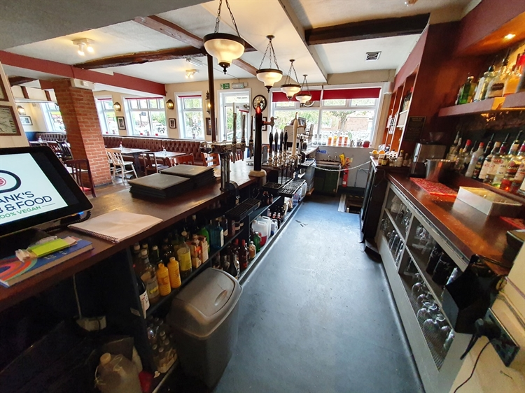 freeoftiepublic house with five-bed - 11
