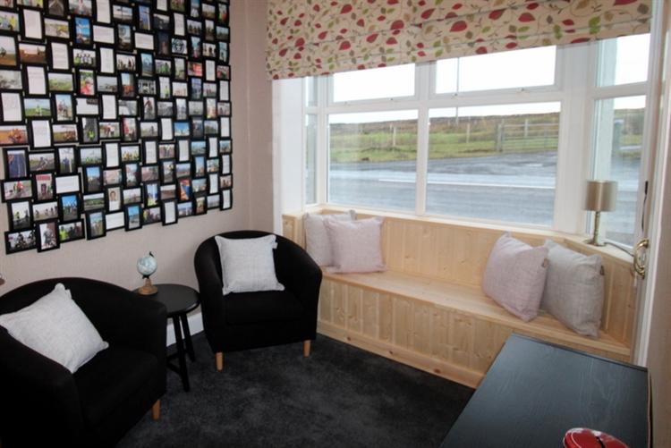 superb 5-bedroom guest house - 4