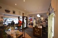 cafe takeaway up market - 2