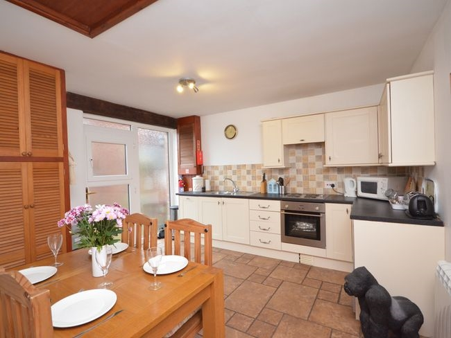 adaptable holiday cottage business - 12