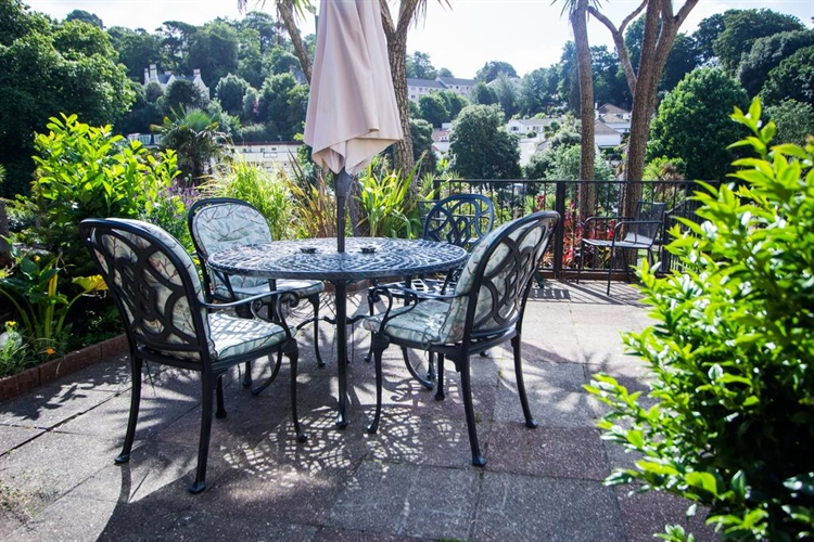 superb guest house torquay - 4
