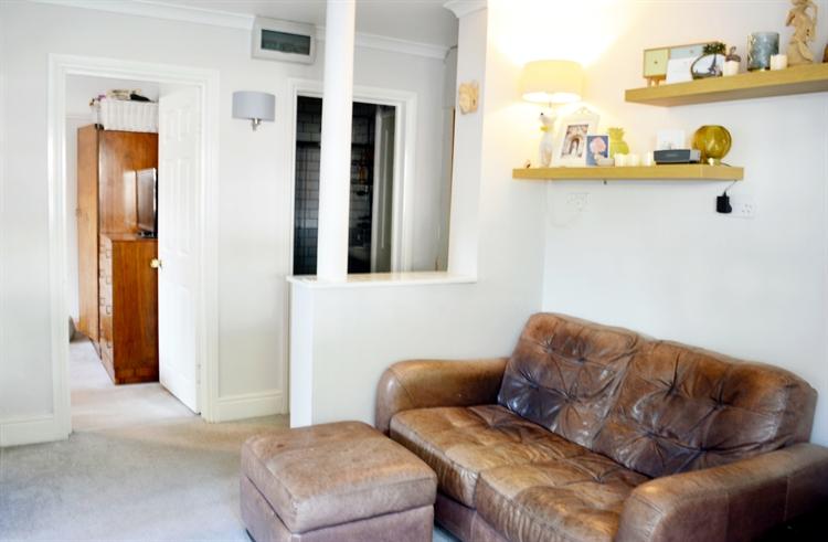 fine detached guest house - 15