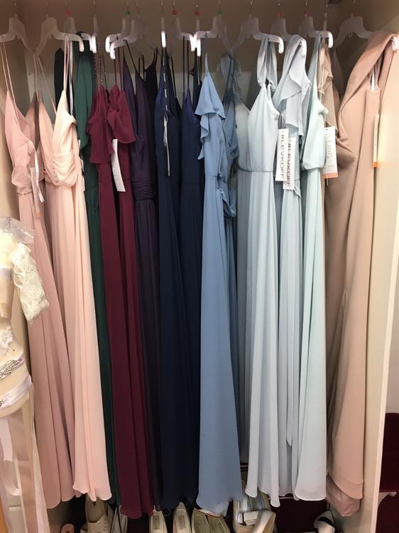 bridal wear boutique retail - 11