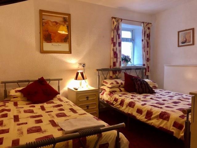 ten bedroom licensed hotel - 7