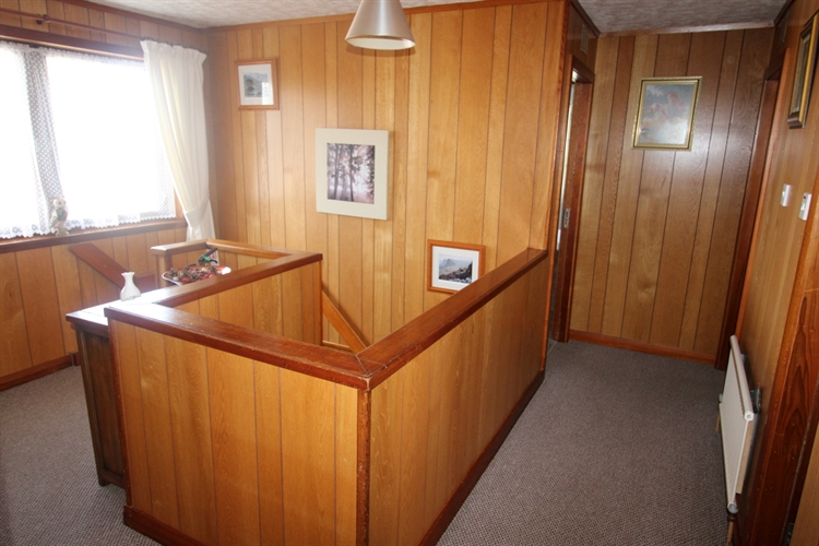 substantial 7-bedroom guest house - 4