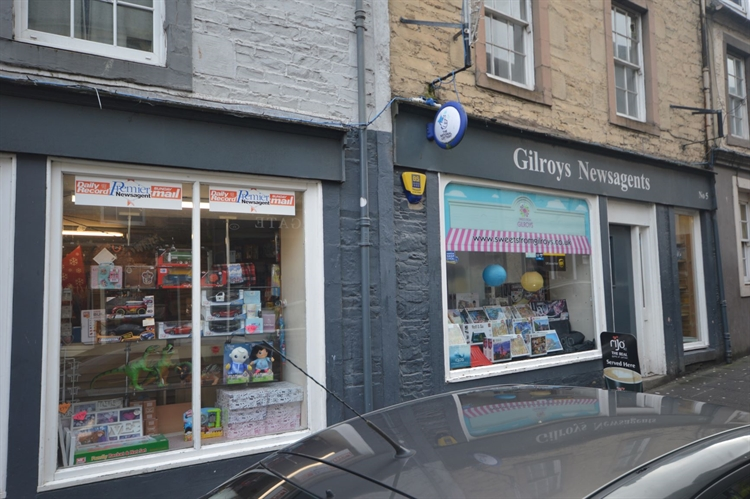 busy newsagents scottish borders - 8