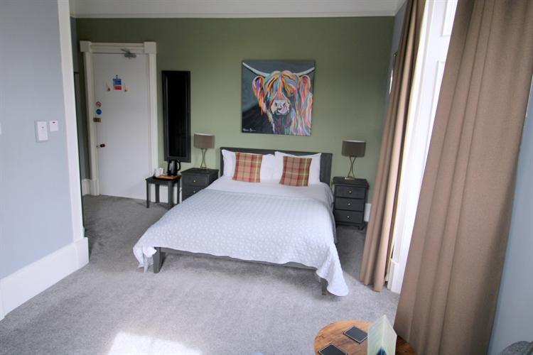 outstanding 8-bedroom b& b - 9