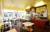thriving cafe deli close - 3