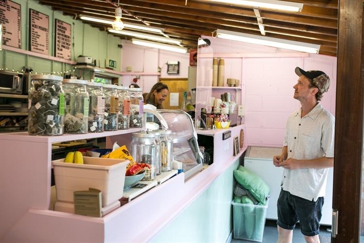 thriving park cafe franchise - 5