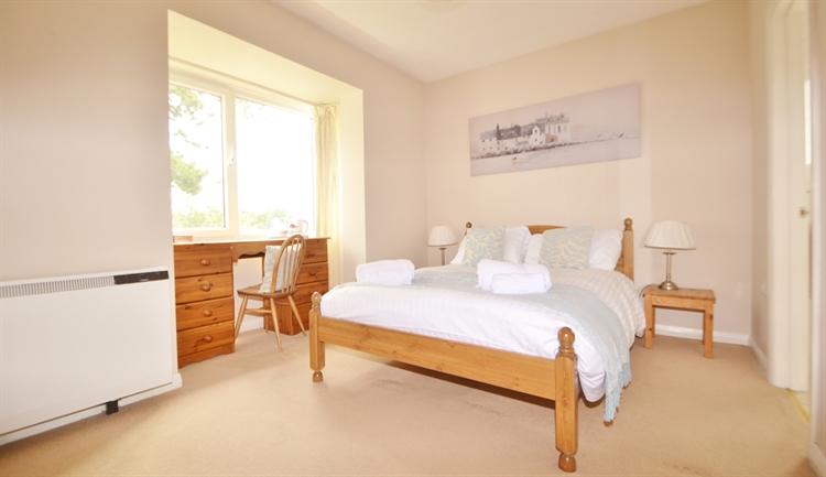 bedroom owners house salisbury - 11